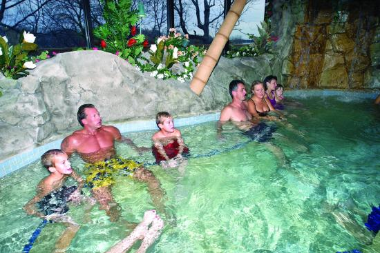 Arrowwood Resort & Conference Center: Whirlpool 2