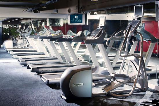Regal Kowloon Hotel: The Gym