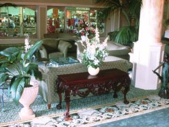 Queen Kapiolani Hotel: View