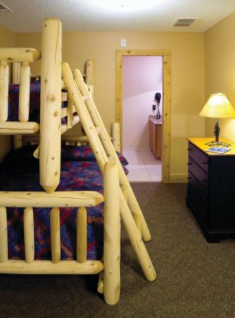 Double JJ Ranch & Golf Resort: Bunk Beds