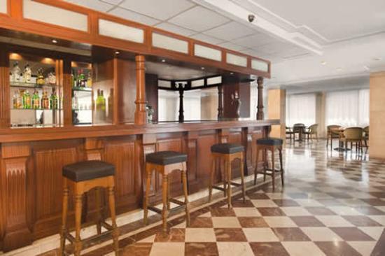 Hotel Mirablau: Bar FWeb