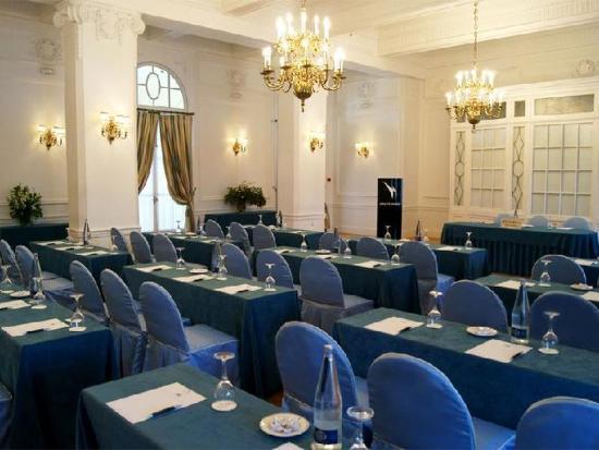 Eurostars Hotel Real: Guest Room