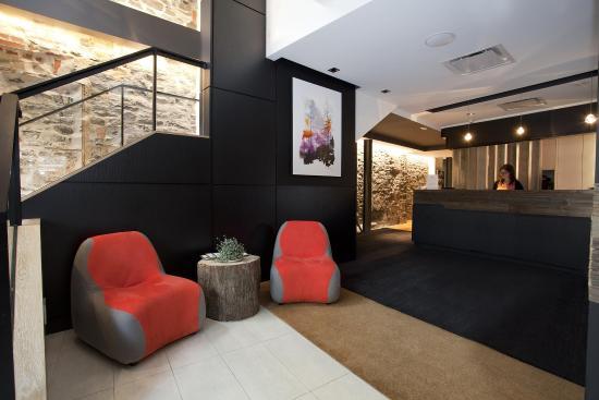 Hotel du Vieux-Quebec Reception