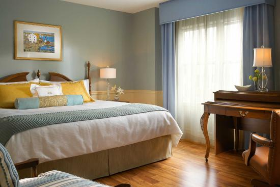 room picture of portland harbor hotel portland. Black Bedroom Furniture Sets. Home Design Ideas