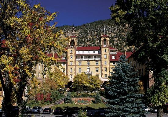 Hotel Colorado: Exterior