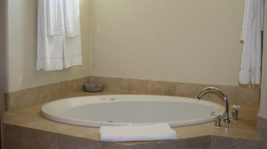 Rancho Manana Resort: Bath