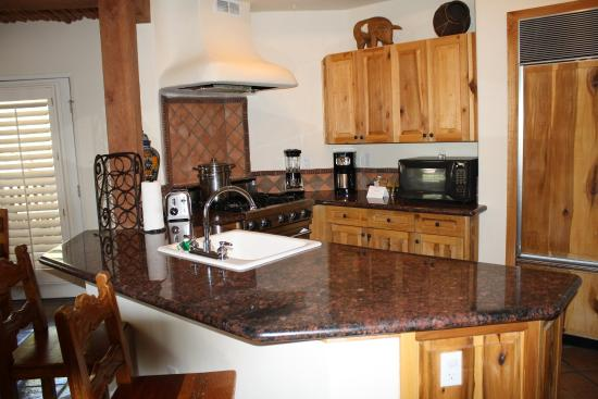 Rancho Manana Resort: Kitchen