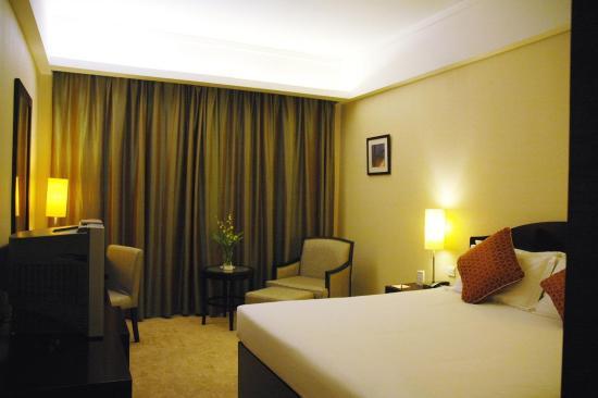 Ruitai Hongqiao Hotel: Deluxe King