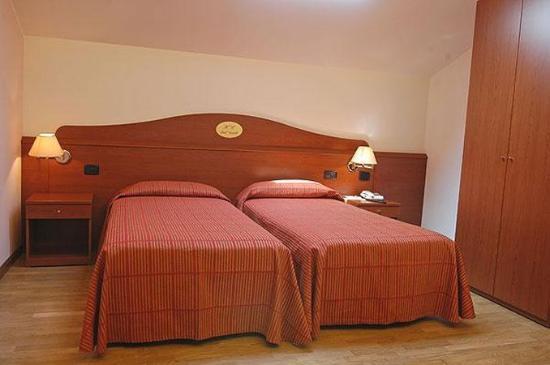 Hotel Cristallo: Guest Room