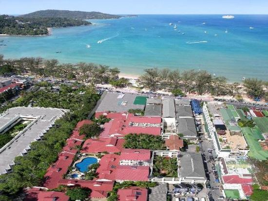 Horizon Patong Beach Resort & Spa : Waterfront