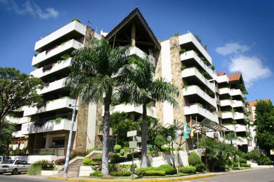 Photo of Yotau All Suites Hotel Santa Cruz
