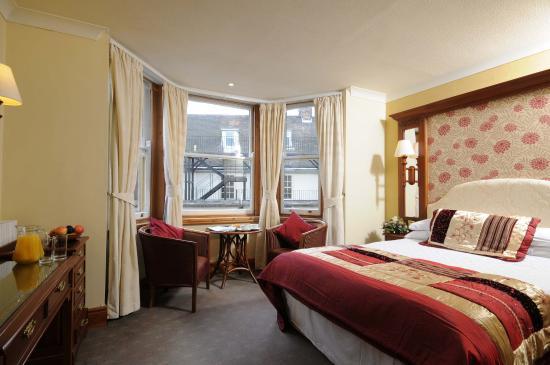 Rutland Arms Hotel Newmarket Parking