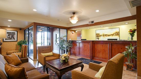 Best Western Exeter Inn & Suites: Lobby