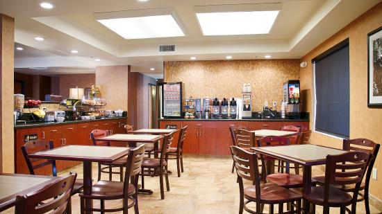 Best Western Exeter Inn & Suites: Breakfast Area