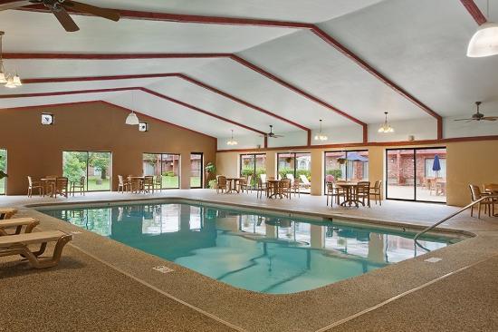 Best Western Plus Keene Hotel Pool