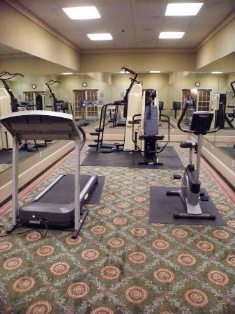 Lafayette Garden Inn & Conference Center: Fitness Center