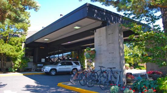 Photo of BEST WESTERN PLUS Hood River Inn