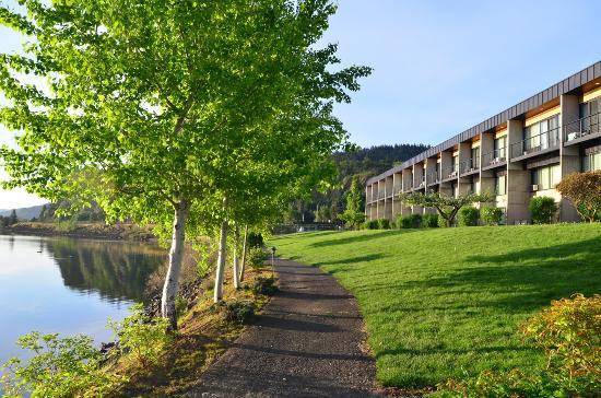 Best Western Plus Hood River Inn: Hood River Inn East Wing