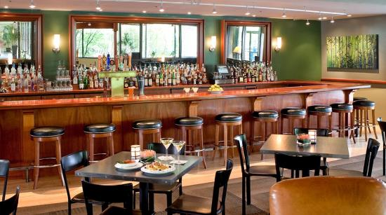 Best Western Plus Hood River Inn: Lounge