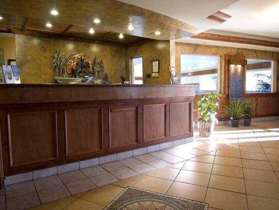 Best Western Plus Ellensburg Hotel : Lobby