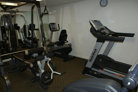 ‪‪Americas Best Value Inn‬: Fitness Room‬
