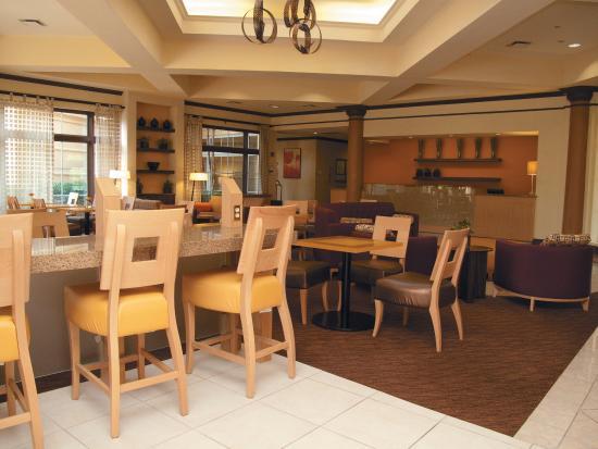 La Quinta Inn & Suites Durham Research Triangle Pk: Breakfast Area