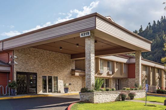 La Quinta Inn and Suites Portland Northwest
