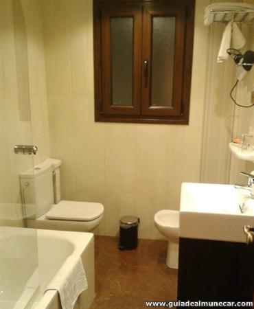 Hotel Alameda Malaga: Cuarto de Baño Habitación planta 9 en Hotel Alameda **