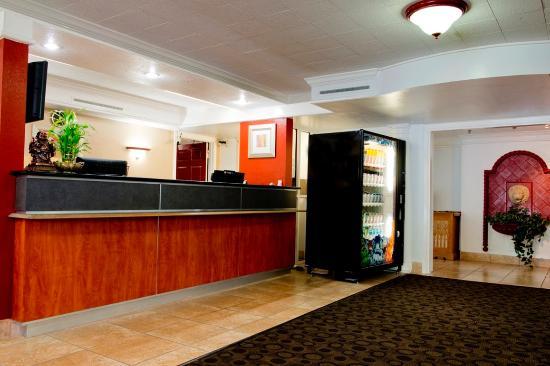 Red Roof Inn Dallas-Richardson: Lobby