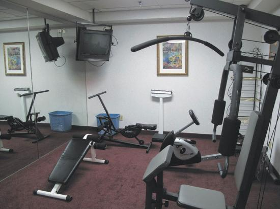 Baymont Inn & Suites Crossville: Fitness Center