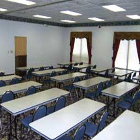 Baymont Inn & Suites Crossville: Meeting Room