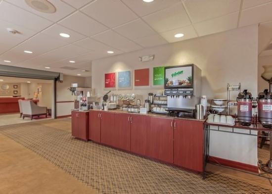 AZComfort Inn Green Valley Breakfast Room