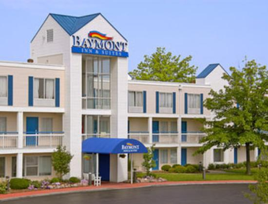 Baymont Inn & Suites Peoria: Welcome to the Baymont Peoria