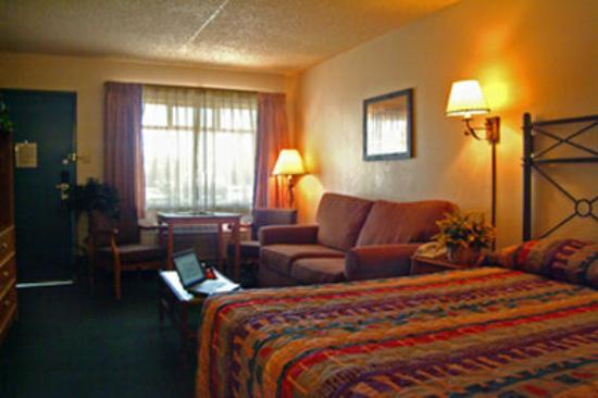 Howard Johnson Mesa Gilbert: Guest Room
