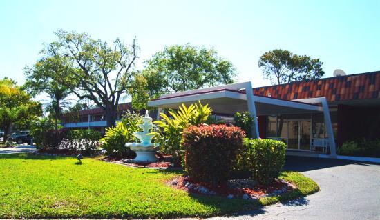 Photo of BEST WESTERN Midtown Sarasota