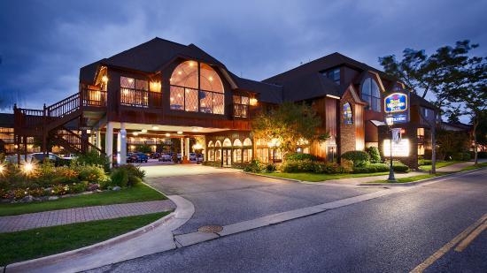 Best Western Plus Dockside Waterfront Inn: Exterior