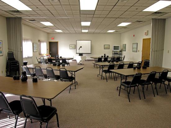 Baraga Lakeside Inn: Meeting  Room
