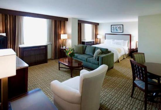DoubleTree by Hilton Rochester / Mayo Clinic Area: Suite