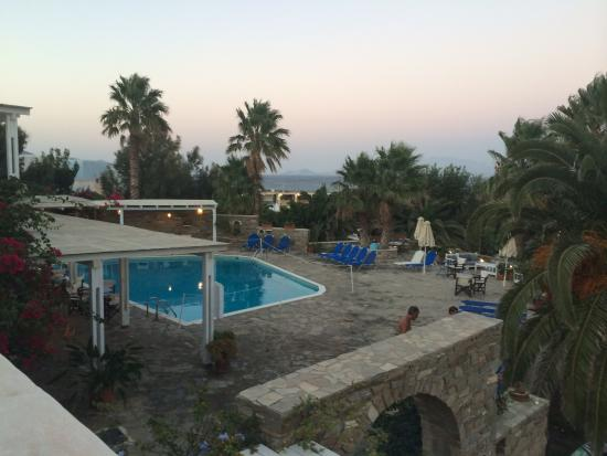 Hotel Paros Philoxenia: Zimmer in Richtung Pool