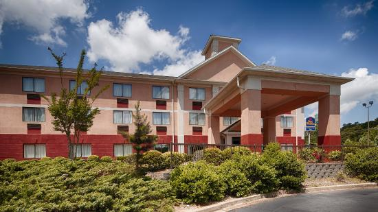BEST WESTERN Executive Inn: Exterior