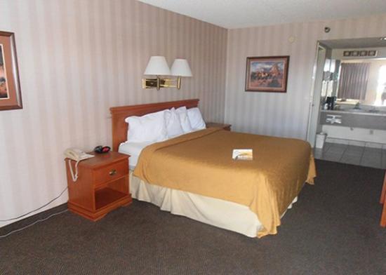 Travelodge Willcox: room3