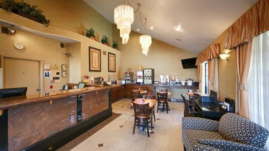 Best Western Redondo Beach Galleria Inn: Breakfast Room