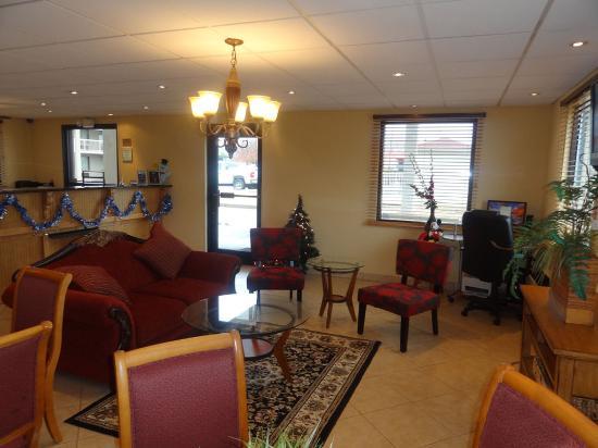 GuestHouse Inn Abbeville: Lobby