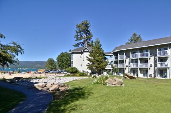 Beach Retreat & Lodge at Tahoe: Hotel Exterior