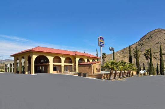 Best Western Cajon Pass: Exterior