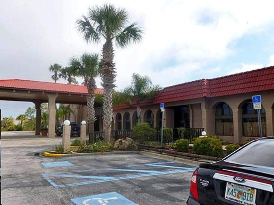 Photo of Motel 6 Spring Hill Weeki Wachee