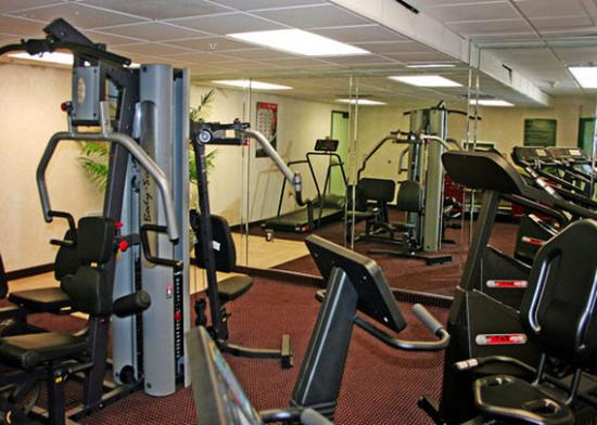Allure Suites: Fitness Room