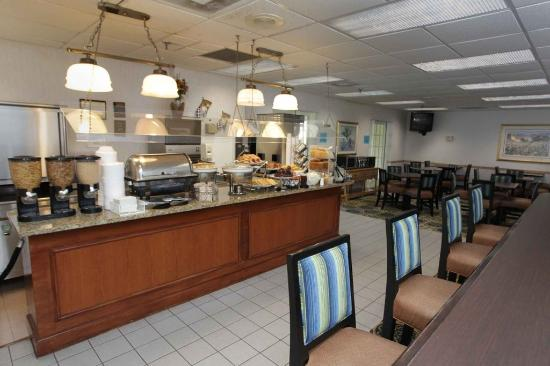 Wyndham Garden Jacksonville: Breakfast Area