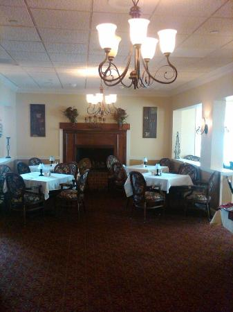 White Columns Inn: Dining