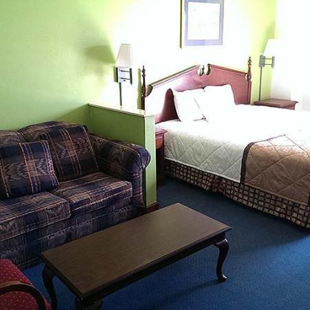 Magnuson Hotel Lawrenceville Room